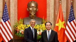 Barack Obama ja Vietnamin presidentti Tran Dai Quang.