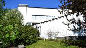 Alvar Aalto Museo ja Keski-Suomen museo Ruusupuistossa.