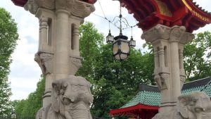 Berliinin eläintarhan pääsisäänkäynti.