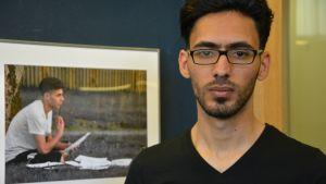 Mohanad Al-Zirjawi on kuvannut turvapaikanhakijoiden elämää Turussa