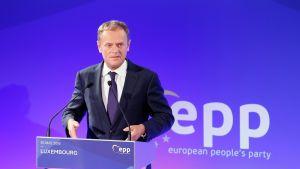 Eurooppa-neuvoston puheenjohtaja Donald Tusk pelkää Britannian EU-eron seurauksia.