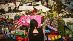 Orlandossa surraan sunnuntain joukkosurmassa kuolleita.