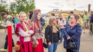 Katja Gauriloffin Kuun Metsän Kaisa-dokumenttielokuva esitettiin ensimmäistä kertaa Suomessa Sodankylän filmifestivaaleilla.