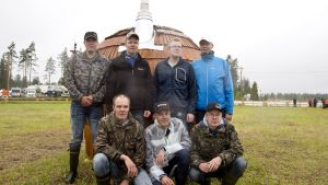 Nenosen veljekset suunnistavat Lappeenrannan Jukolan viestissä perhejoukkueella.