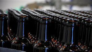 Tyhjiä olutpulloja