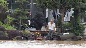 Rankkasateiden aiheuttamaa tulvaa Kyushulla.
