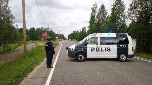 Poliisi sulki vitostien piiritystilanteen aikana