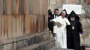 Paavi Franciscus vieraili Khor Virapin luostarissa Armeniassa sunnuntaina 26.kesäkuuta 2016.