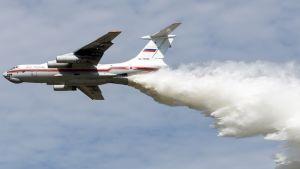 Turmakone oli samanlainen kuin kuvan Il-76 sammutuskone.