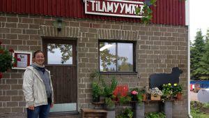 Hanna Niskasella on tilallaan suoramyyntimyymälä.