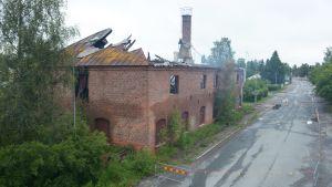 Haaparannan vanha nahkatehdas Storgatanilla tulipalon jälkeen.