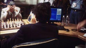 Garri Kasparov pelaa shakkitietokone Deep Blueta vastaan
