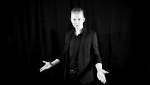 17-vuotias taikuri Hannu Juntunen.