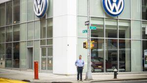 Volkswagenin myymälä Manhattanilla, New Yorkissa.