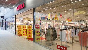 Antila Hämeenlinnan kauppakeskus Goodmanissa.