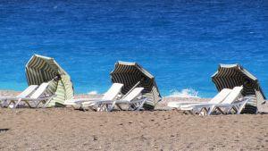 Rodoksen hiekkarantaa.