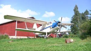 Antonov 2 lentokone