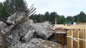 Kemijärven viallinen betonisilta on murskattu palasiksi