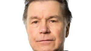 A-klinikkasäätiön ylilääkäri Pekka Salmela
