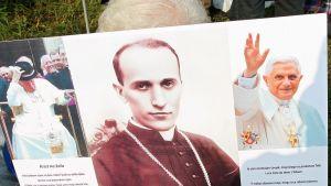 papin kuva ja paavin