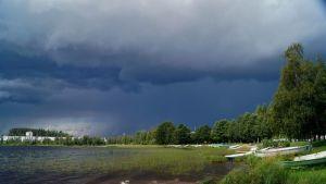 Sadepilvet saapuvat Jyväskylään.