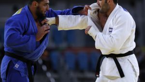 Islam El Shehaby (vas.) ja Or Sasson ottelussaan Riossa.