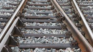 Junan raiteet.