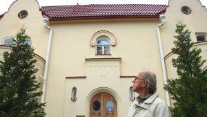 Arkkitehti Osmo Karttunen.