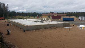 Ylläsjärven uusi koulu rakenteilla Kolari elokuu 2016