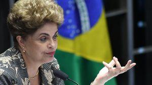 Dilma Rousseff Brasilian senaatissa maanantaina.