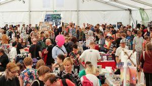 Helsingin sarjakuvafestivaalit on Pohjoismaiden suurin sarjakuvatapahtuma. Kuva on vuonna 2015 järjestetyiltä festivaaleilta.