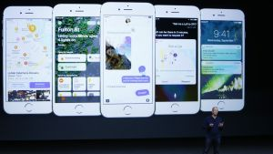 Applen toimitusjohtaja Tim Cook esitteli uudet iPhone 7-puhelimet San Franciscossa.