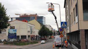 Led-lampun vaihto Lappeenrannan Koulukadulla