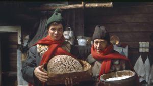 """Jaakko Kolmonen ja Veijo Vanamo ohjelmassa """"Asia on pihvi"""" vuonna 1976."""