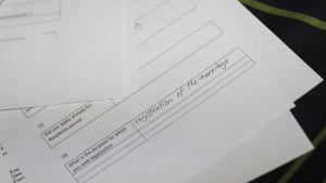Maahanmuuttoviraston avioliitto asiakirjoja