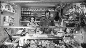 Turun kauppahallin myyjiä elokuussa 1978.