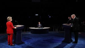 Demokraattien Hillary Clinton ja republikaanien Donald Trump ensimmäisessä vaaliväittelyssään 26. syyskuuta.
