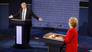 Donald Trump ja Hillary Clinton ottivat mittaa toisistaan väittelyssä