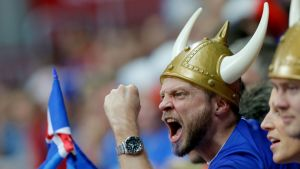 Islannin fanit herättivät huomiota viime kesän jalkapallon EM-kisoissa.