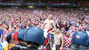 Kroatian kannattajia jalkapallon EM-kisoissa.