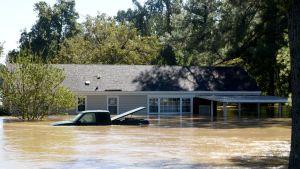 Matthew-hurrikaanin aiheuttamia tulvia Fayettevillessä, Pohjois-Carolinassa 9.10. 2016.