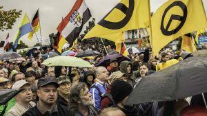 Pegida-liike on kohta kaksi vuotta osoittanut mieltää muslimeja vastaan Saksan Dresdenissä.
