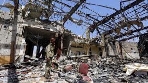 pommituksen rauniot Jemenissä