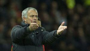 Manchester Unitedin valmentaja Jose Mourinho palaa vanhalle kotikentälleen.