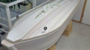 Veneenmallinen ruumisarkku