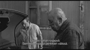 Kuvakaappaus elokuvasta Hymyilevä mies (2016). Ohjaus: Juho Kuosmanen.