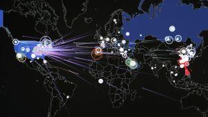 Hybridisota verkkohyökkäys.