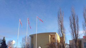 Räkkylän kunta järjesti juhlaliputuksen, kun KHO päätti, että kunnan pakkoliitos Kiteeseen on laiton.