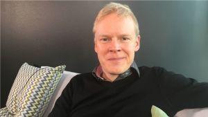 Keskustan eduskuntaryhmän pääsihteeri Markus Ojakoski