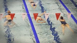 Mäkelänrinteen uintikeskus Helsingissä